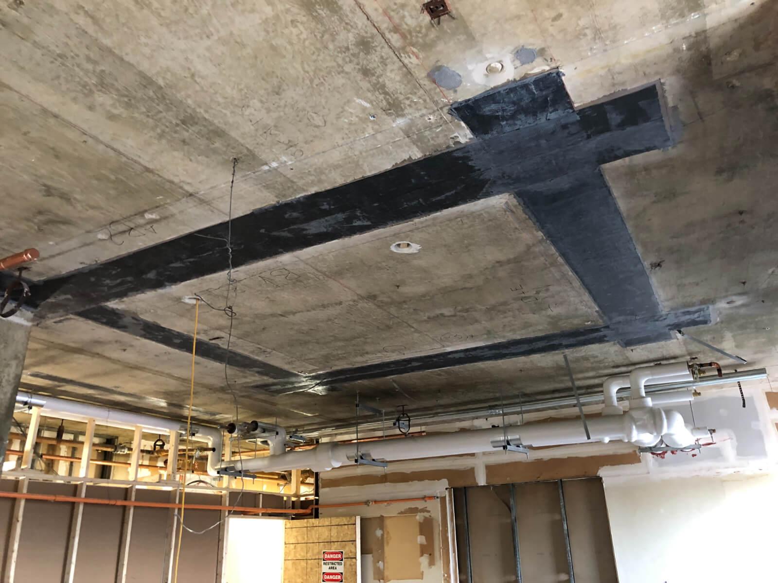 J Van Story Branch Apts Carbon Fiber 18